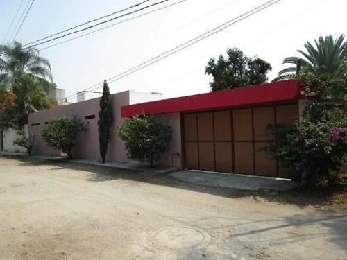 Bonita Casa En Un Solo Nivel,en Lomas De Jiutepec.