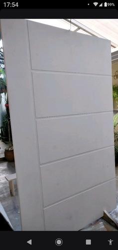 Imagem 1 de 2 de Porta Externa 2,10 X 1,20 M