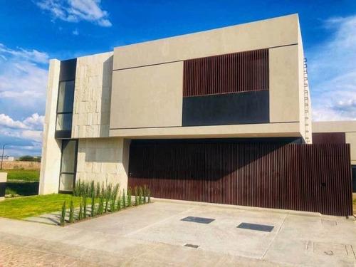 Imagen 1 de 14 de Casa En Venta En Lomas Del Campanario Norte 4 Rec