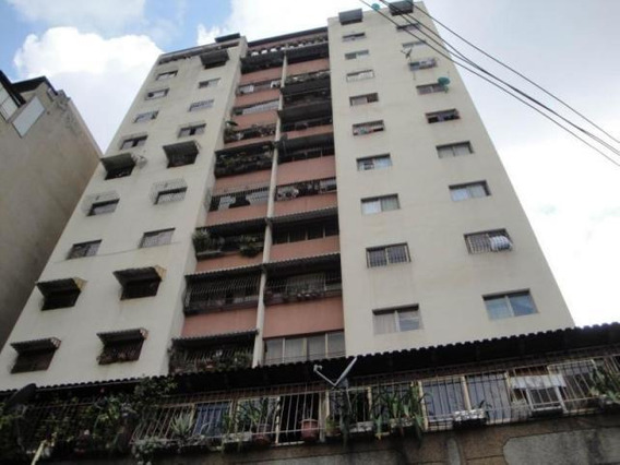 Apartamento En Venta/ Parroquia Santa Teresa/ Código 19-967