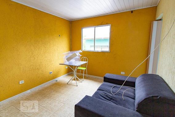 Casa Para Aluguel - Uberaba, 2 Quartos, 60 - 892995953