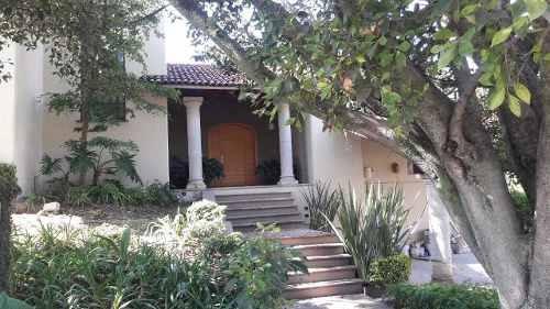 Hermosas Residencia Con Excelentes Acabados En Las Cañadas.