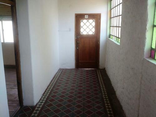 Imagen 1 de 13 de Alquilo Casa De Dos Domitorios En Zona Norte De Rosario