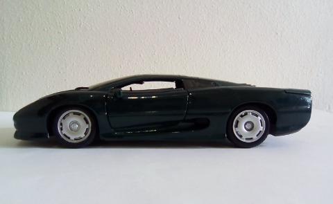 Miniatura Jaguar Xj 220 Escala 1/24