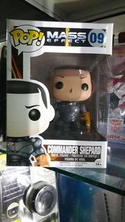 Figuras Comander Shepard Y Armored Batman M4 Jada Metals