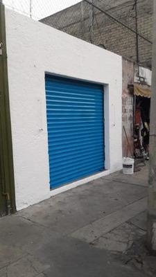 Local En Venta Con Excelente Ubicación Comercial En Zona Peralvillo