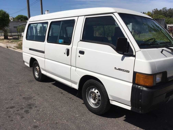 Mitsubishi L300 2.5 Minibus Doble Aa 2001