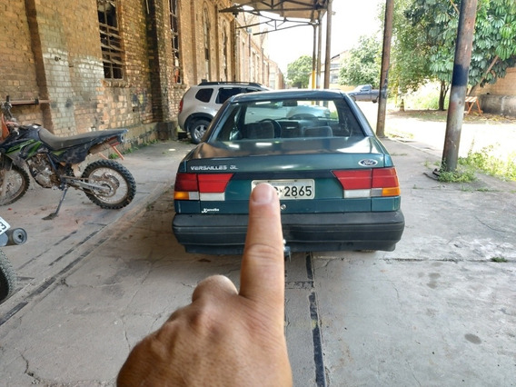 Ford Versailles Gl 1.8 Completo