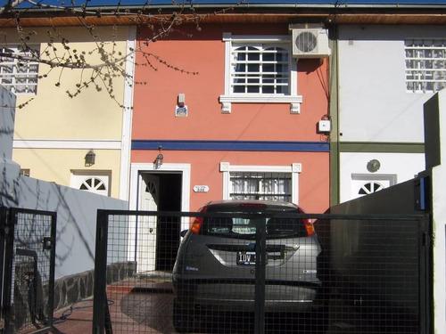 Vende Duplex Dos Dormitorios Con Quincho