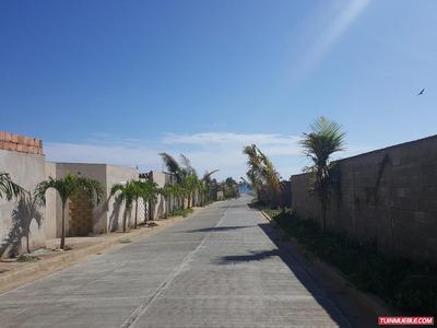Casas En Venta Playa El Agua - Lg - A80