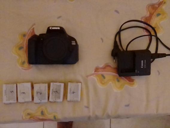 Corpo Canon T3i Usada + Cinco Baterias + Carregador