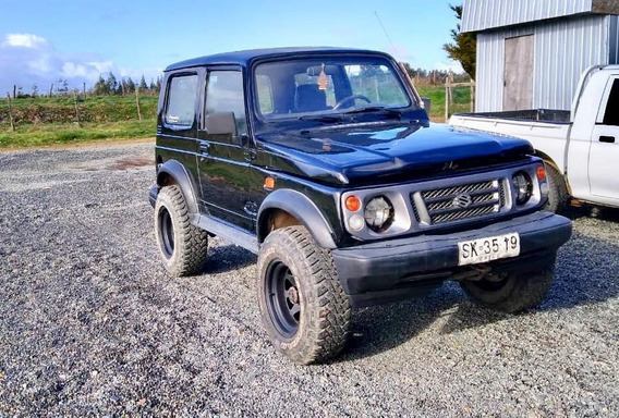 Suzuki Samurai Negro 1998
