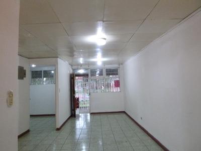 Casa Amplia Con Departamento Independiente