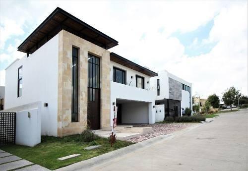 Estrena Casa En El Molino, León, Guanajuato