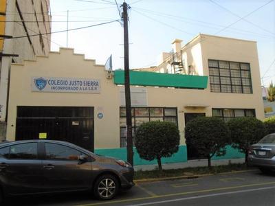 Edificio Comercial. Escuela