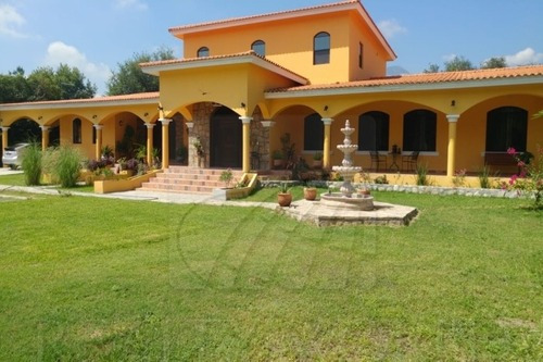 Quintas En Venta En Los Laures, Montemorelos