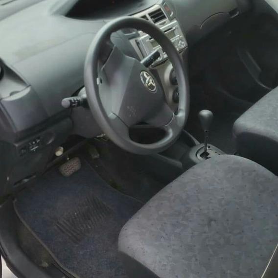 Toyota Viz 2011 Push Boton Y Recibo Vehículos De Menor Valor
