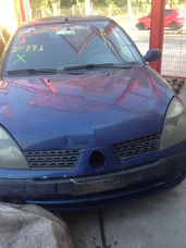 Renaut Clio Ano 2004 1.0 16 Pra Retirada De Pecas 1139693187