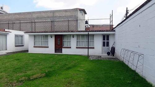 Casa De 1 Recámara En Terreno De 200 M²