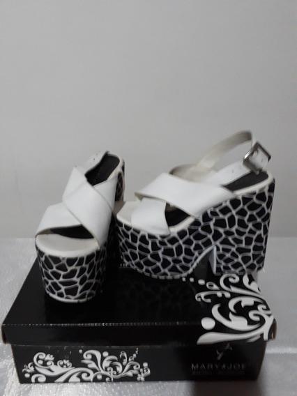 Sandalias Blancas Mary Y Joe, Cuero Talle 37,usadas