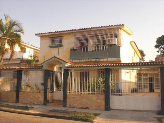 Casa En Venta Trigal Sur Valencia Carabobo 20-3768 Rahv