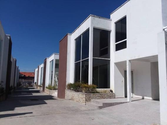 Townhouse En Venta La Mata Mérida Rah 21-3740 Dv