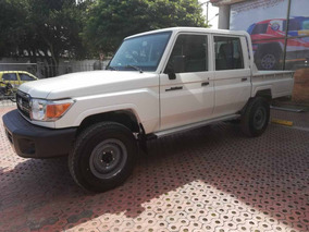 Toyota Land Cruiser 79 Doble Cabina 2019