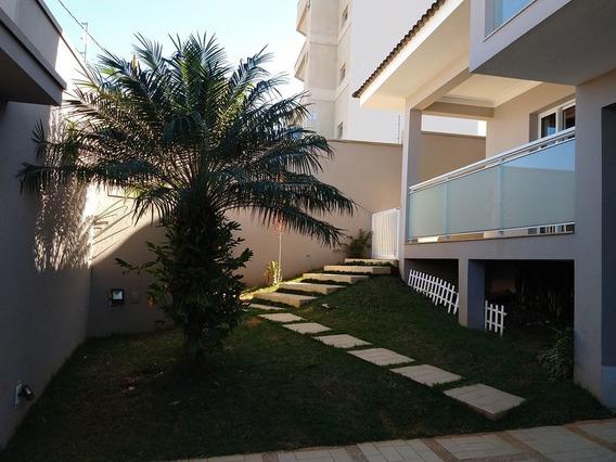Casa De Alto Padrão Em Pouso Alegre-mg. - Cs462v