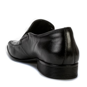894ea9451 Calçado Em Couro Pelica De Carneiro Jota Pe - Sapatos com o Melhores ...