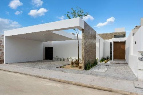 Casa De Una Planta Con Piscina Al Norte De Merida