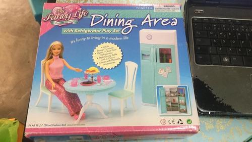 Cozinha Mesa Geladeira Barbie Casa + 30 Acessórios Fancy