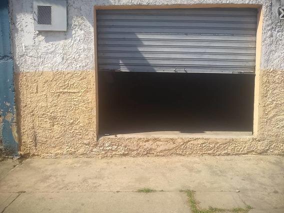 Local En Alquiler La Candelaria 04141291645