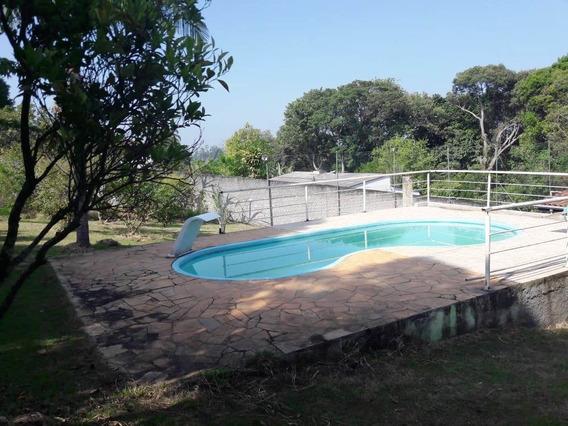 Linda Chácara Parque Das Varinhas