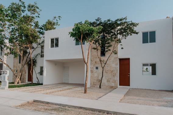 Oportunidad Casa En Privada Bosques De Conkal 3 En Mérida