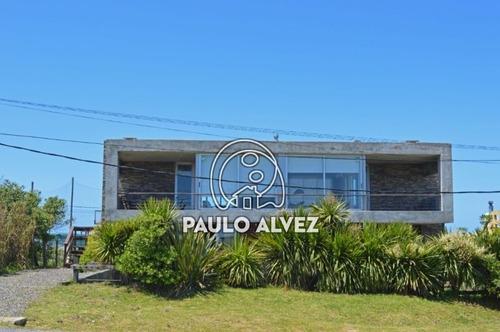 Casas Venta 3 Dormitorios Punta Colorada