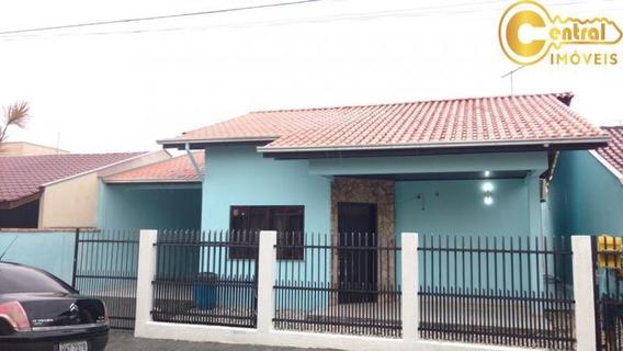 Casa Com 4 Dormitório(s) Localizado(a) No Bairro Centro Em Penha / Penha - 223
