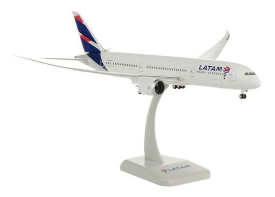 Miniatura Latam Boeing 787-9 Hogan Wings 1/200