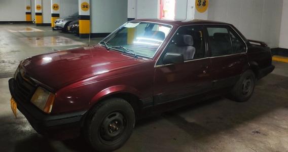 Chevrolet Monza 2.0 En Excelente Estado.