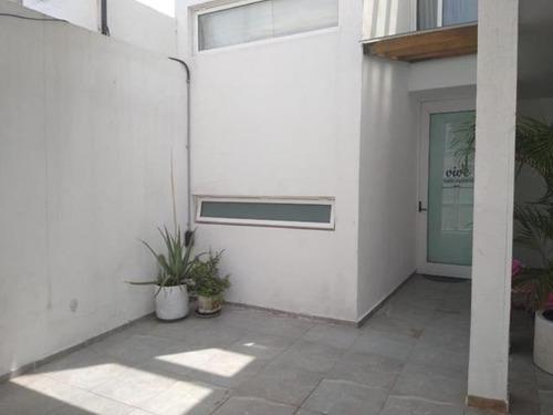 Casa Sola En Venta Colonia La Moderna