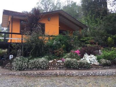 Acogedora Casa Inserta En Selva Valdivia