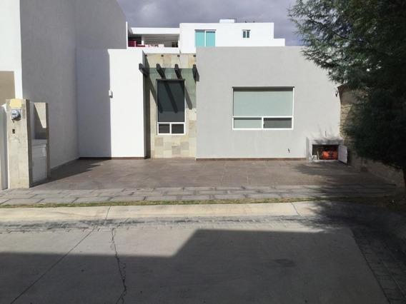 Casa En Renta De 1 Piso Parque Yucatán,