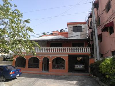 Casa De Tres Niveles Alma Rosa Ll