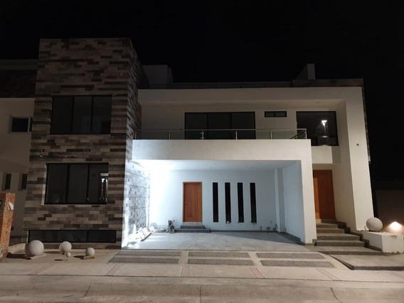 Casa En Venta Club De Golf La Loma