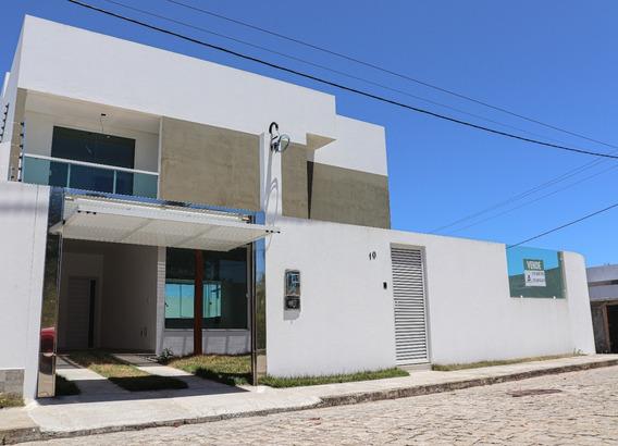 Casa Com 4 Quartos, 5 Banheiros, Estacionamento