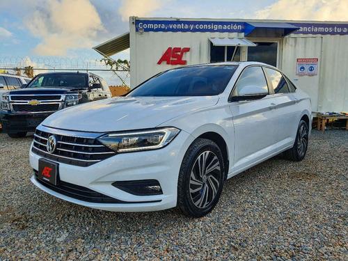 Imagen 1 de 15 de Volkswagen  Jetta  2019  4p Highline L4/1.4/t Aut