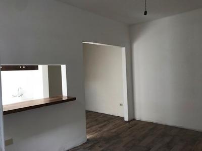 Dueño Vende Apartamento Ciudad Vieja - Mercado Del Puerto