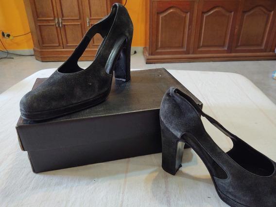 Zapatos Gamuzados Talle 40