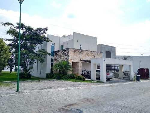 Casa - Pueblo José G Parres