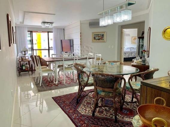 Apartamento A Venda No Bairro Agronomica Em Florianopolis - V-79581