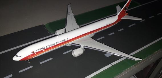 Boeing 777-300 - Taag - Angola - Escala 1:200